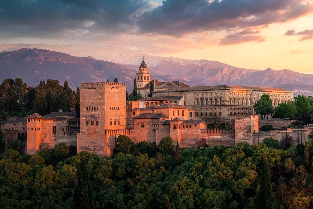 Vista de la Alhambra visitas importantes